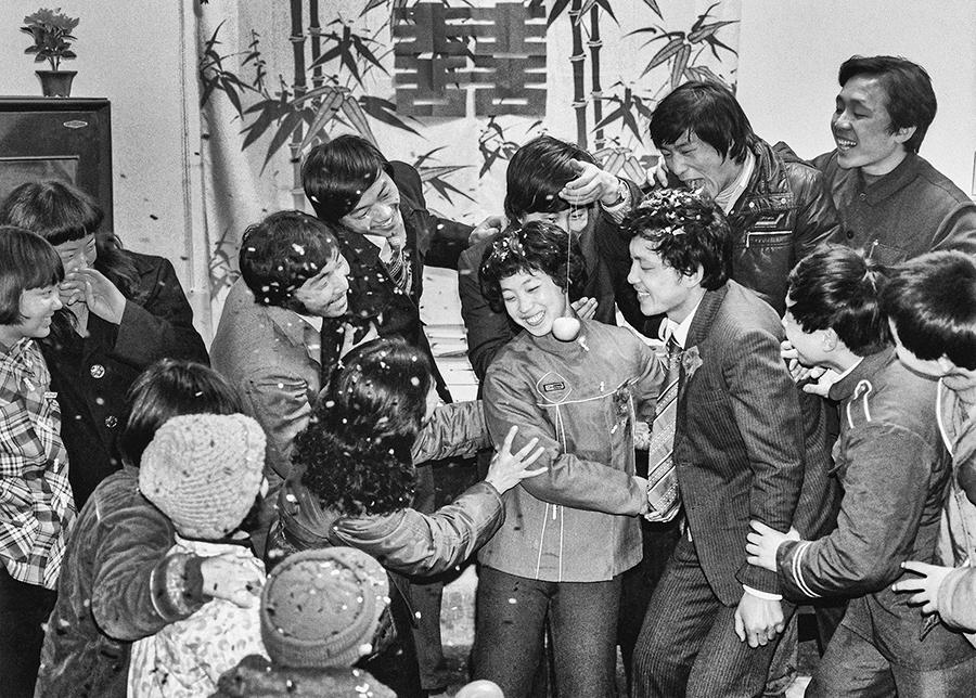 1984年 方 春芝 马永顺.jpg