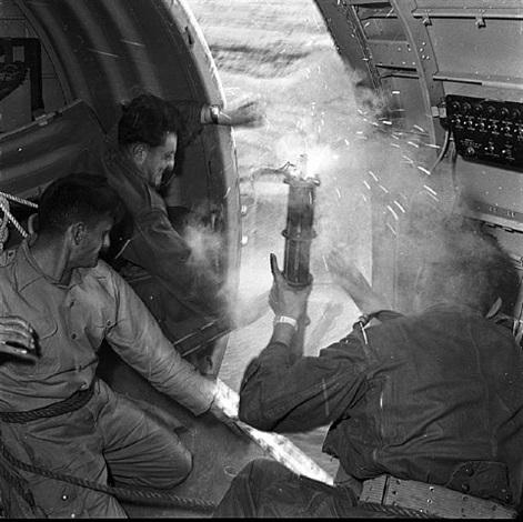 奠边府战役,越南,1954 雷蒙德·考切题尔,图片源自网络.jpg