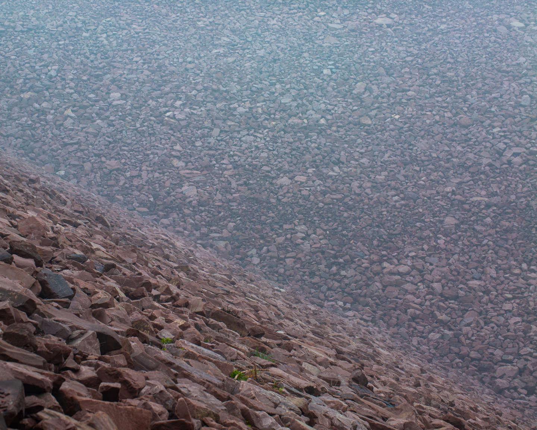 11 孟津县,薄雾中的小浪底水库大坝,《黄河厚土》系列.jpg